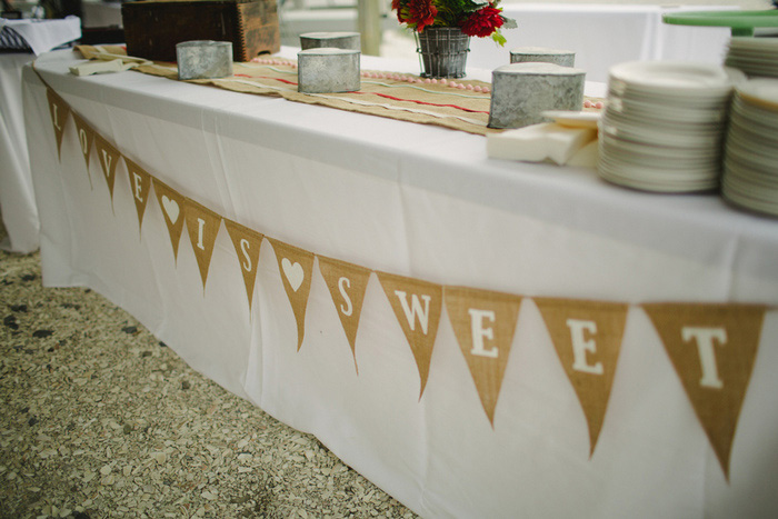 sweet table bunting