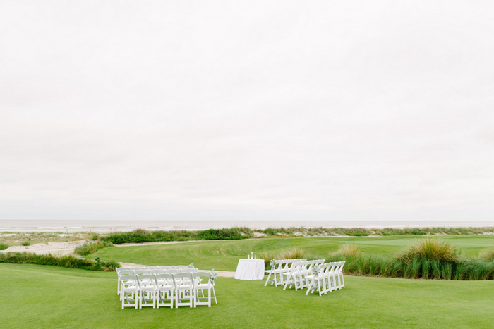 golf course wedding ceremony set-up