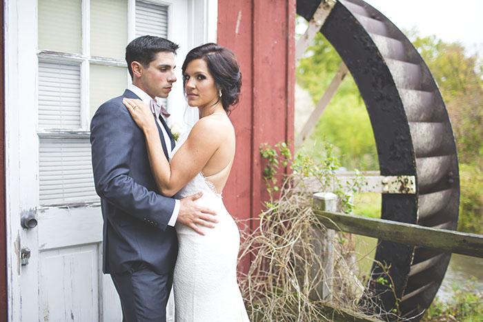 Chụp ảnh cưới ngoài trời siêu cute