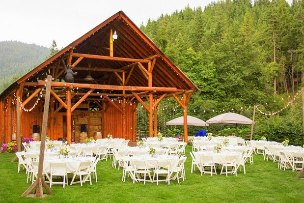 Mountain-Springs-Lodge-Plain-WA-Outdoor-Reception