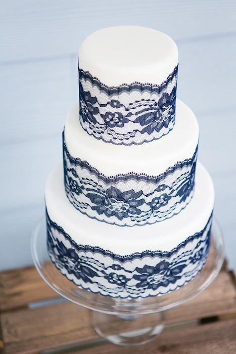 cake with lace details