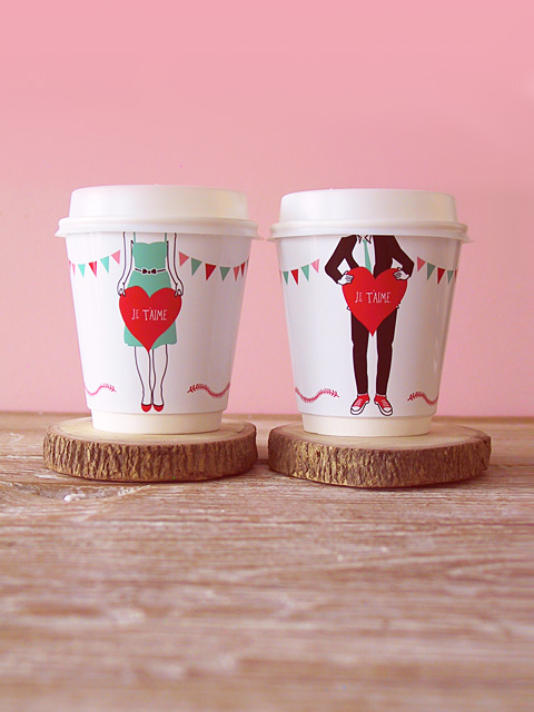 http-::www.eatdrinkchic.com:post.cfm:diy-je-t-aime-coffee-cup-wrappers