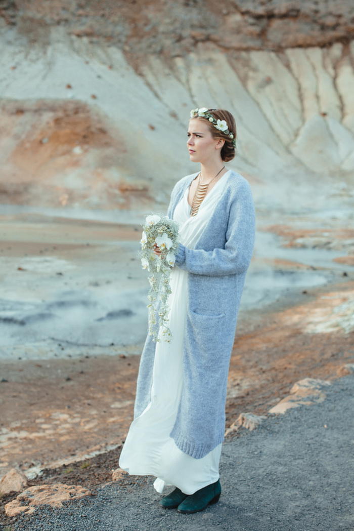icelandic-elopment-styled-shoot-ashleigh-hobson-photography-021