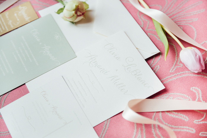 feminine weding invitation