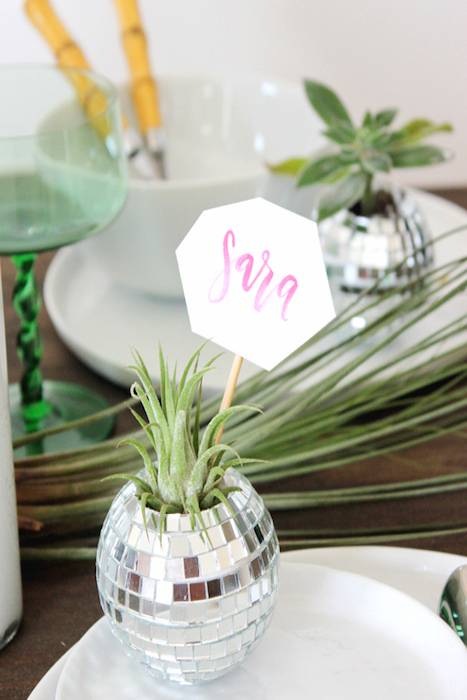 diy-tutorial-mini-disco-ball-place-cards: