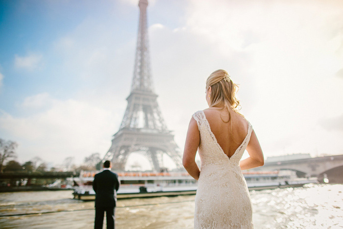 first look session in front of Eiffel Tower