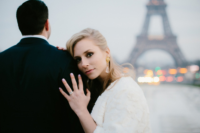 wedding portrait in front of Eiffel Tower