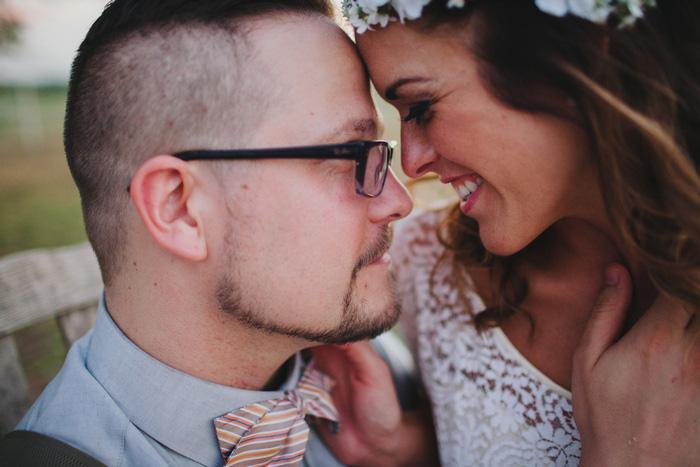 texas-barn-wedding-flying-v-ranch-ben-mallory-27