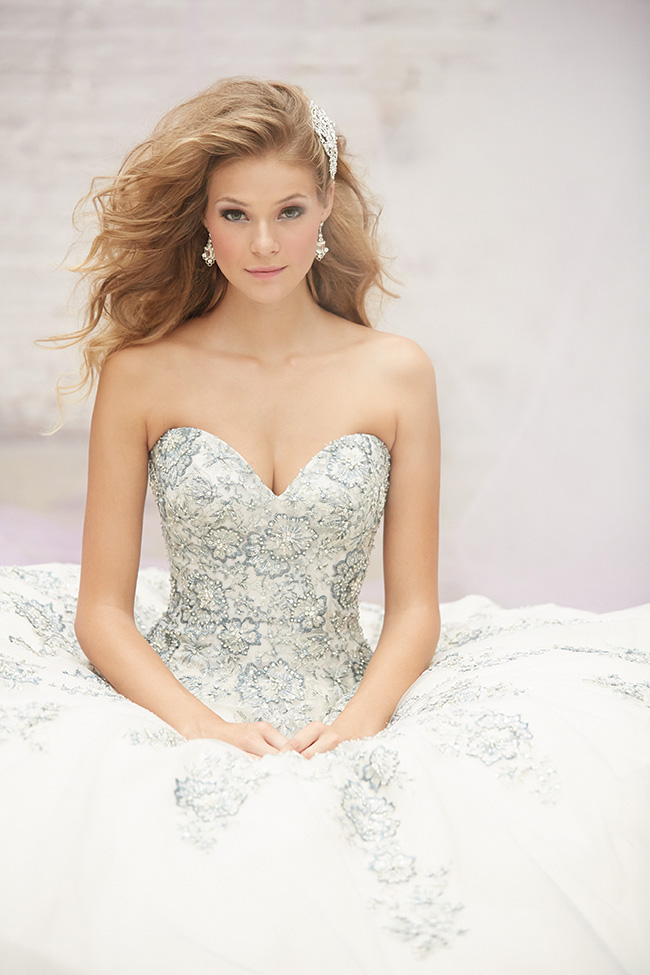 Allure Bridals wedding gown