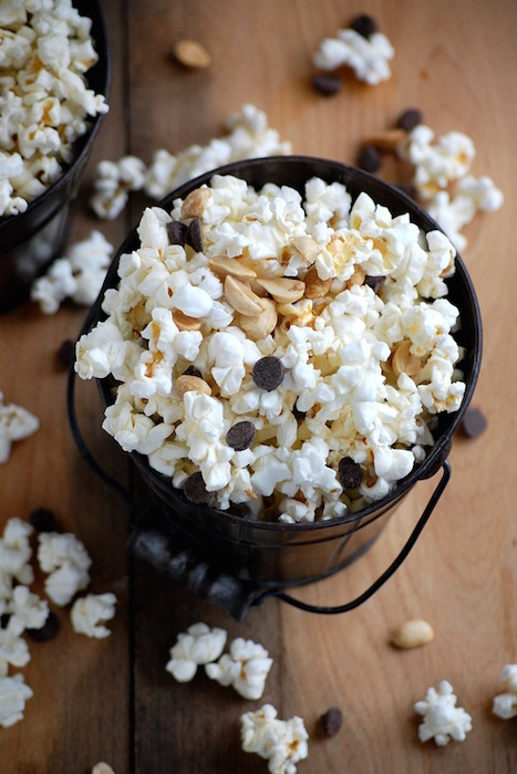chocolate-peanut-popcorn