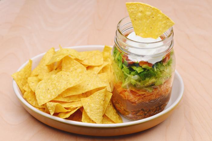 diy mason jar nachos