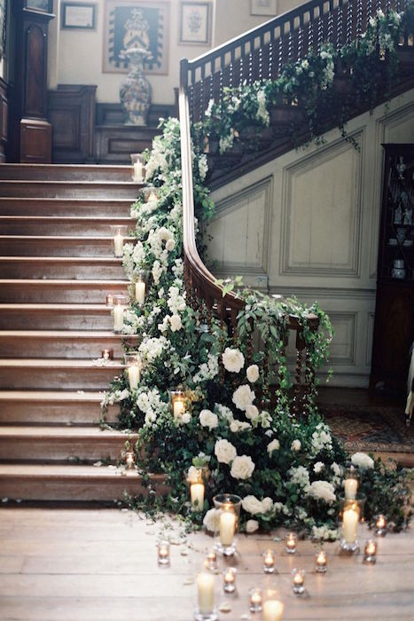 floral-staircase-display