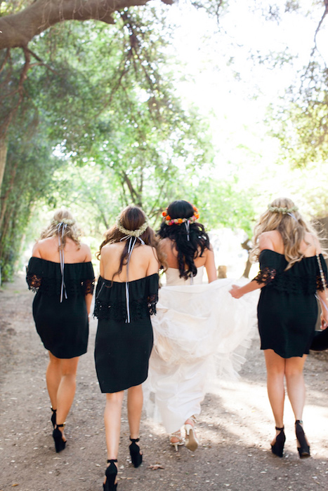 Ruffled - photo by http://shewanders.com/ - http://ruffledblog.com/malibu-calamigos-ranch-wedding/