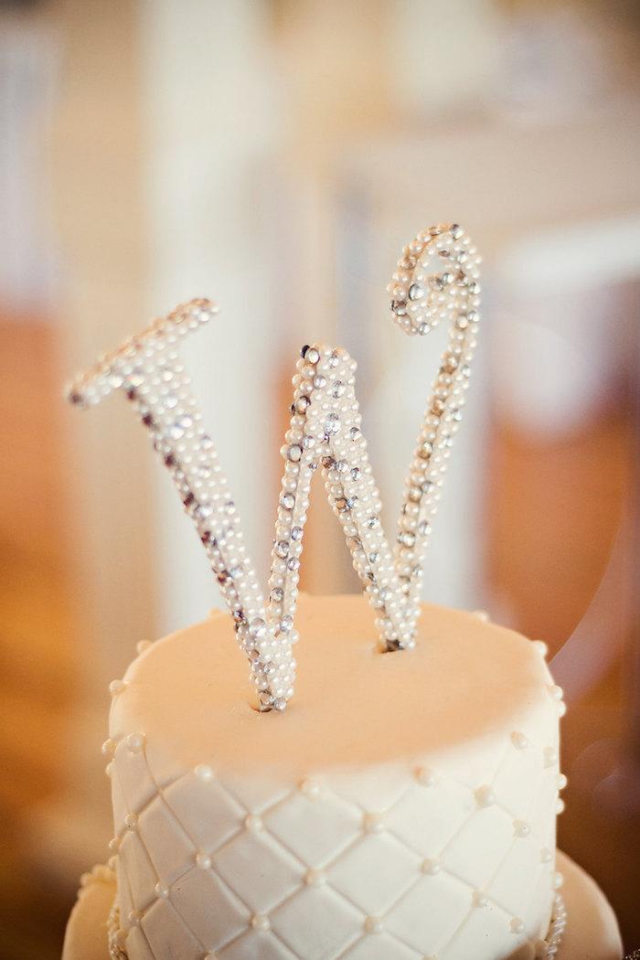 pearl-rhinestone-cake-topper