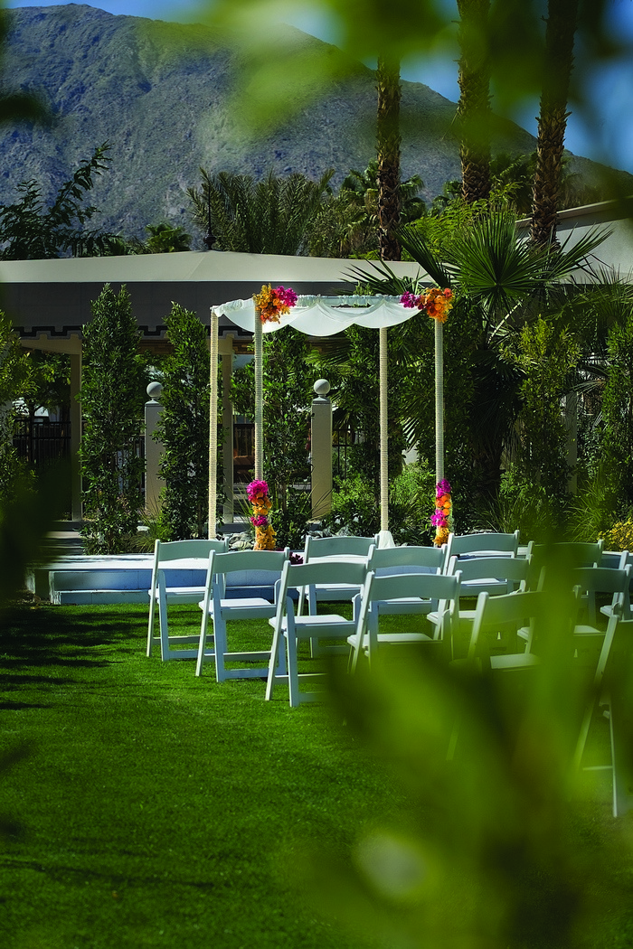 Palm springs intimate wedding venues the riviera palm for The riviera palm springs ca