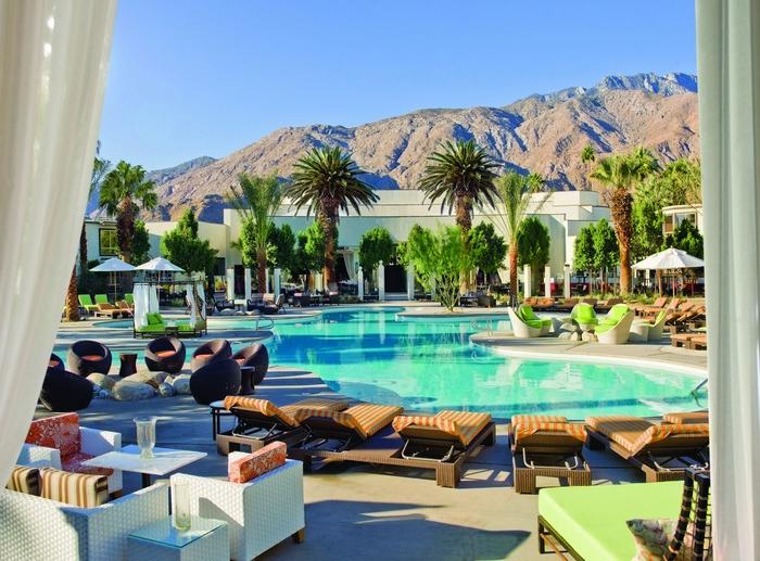 riviera-palm-springs-weddings-pool-2