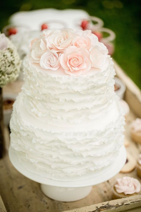 rose wedding cake