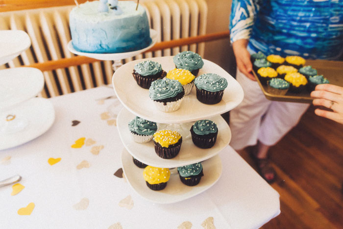blue and yellow wedding cupcakes