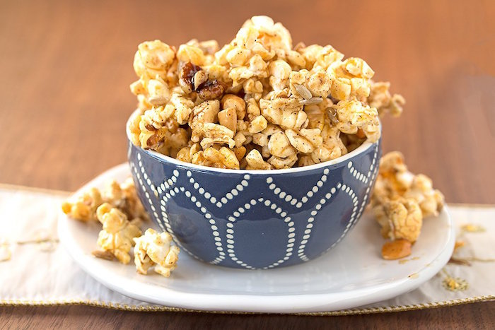 sweet-and-spicy-caramel-popcorn