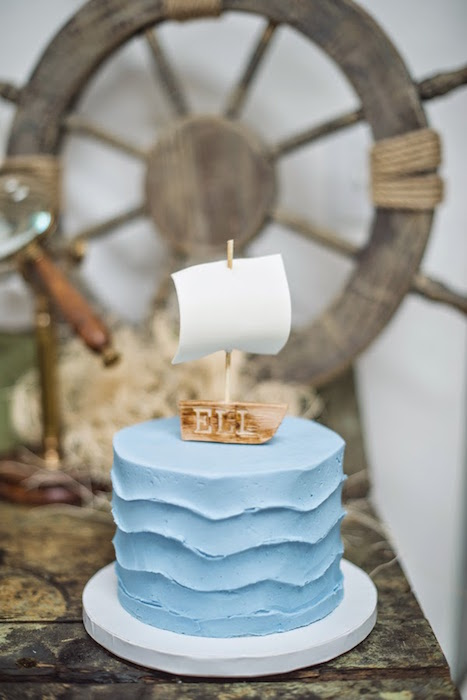 waves-wedding-cake