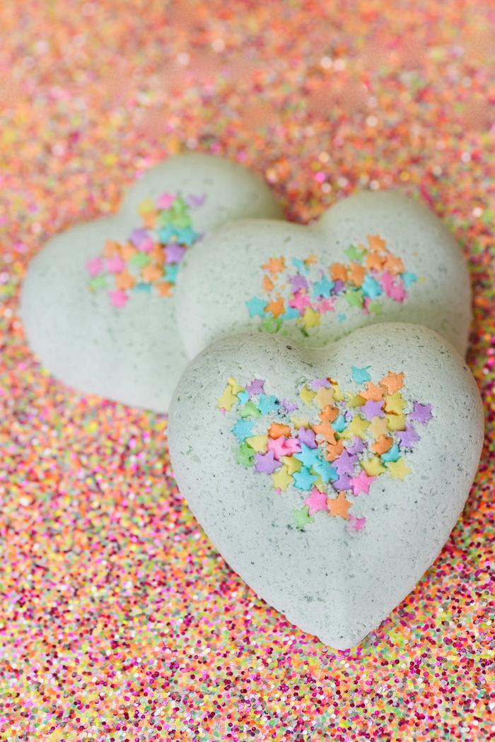 bath bomb hearts
