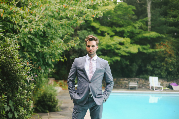 groom by the pool