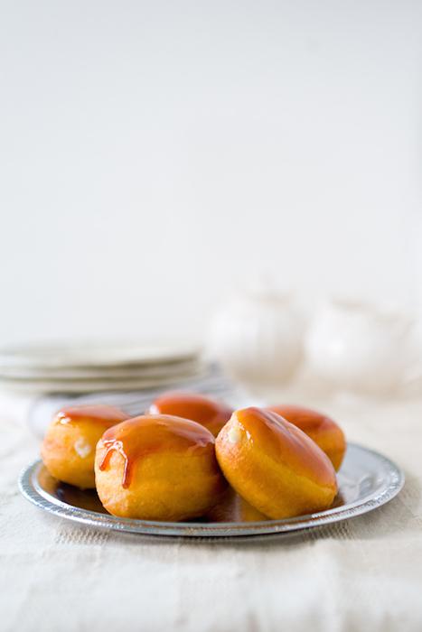 mini-creme-brulee-doughnuts