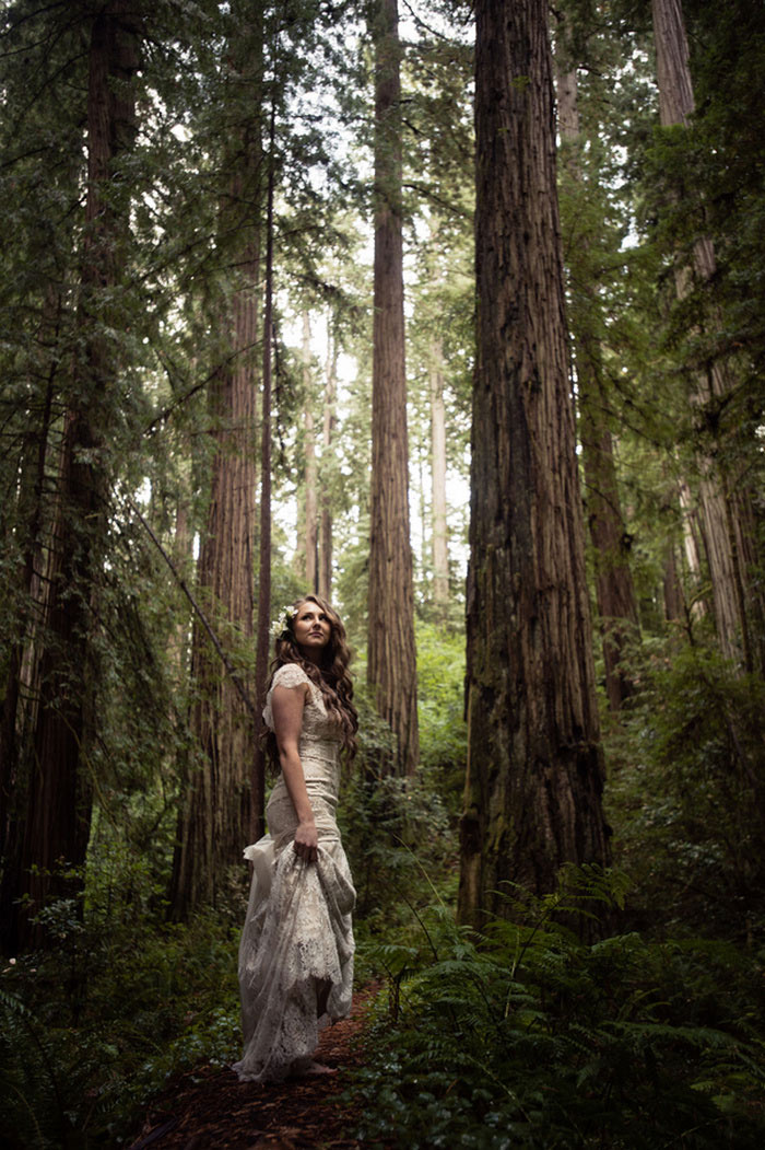 bride portrait in the forest