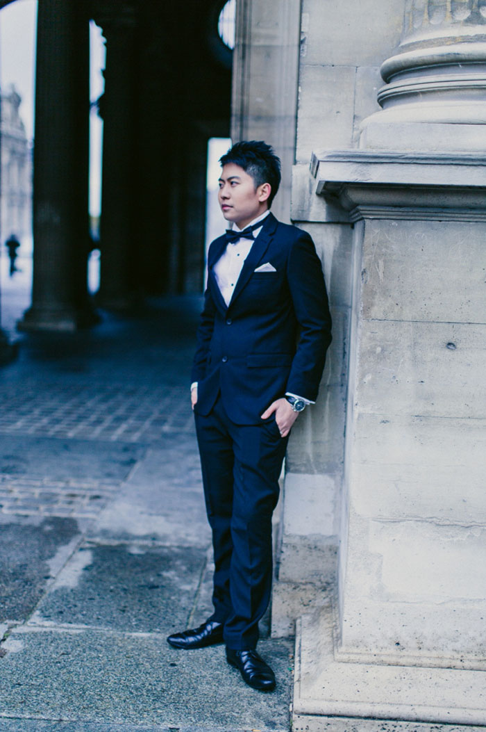 groom portrait in Paris