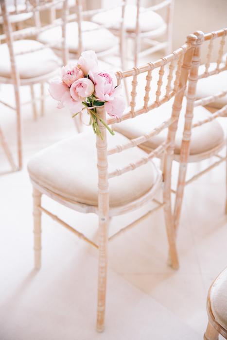 peony-wedding-chairs