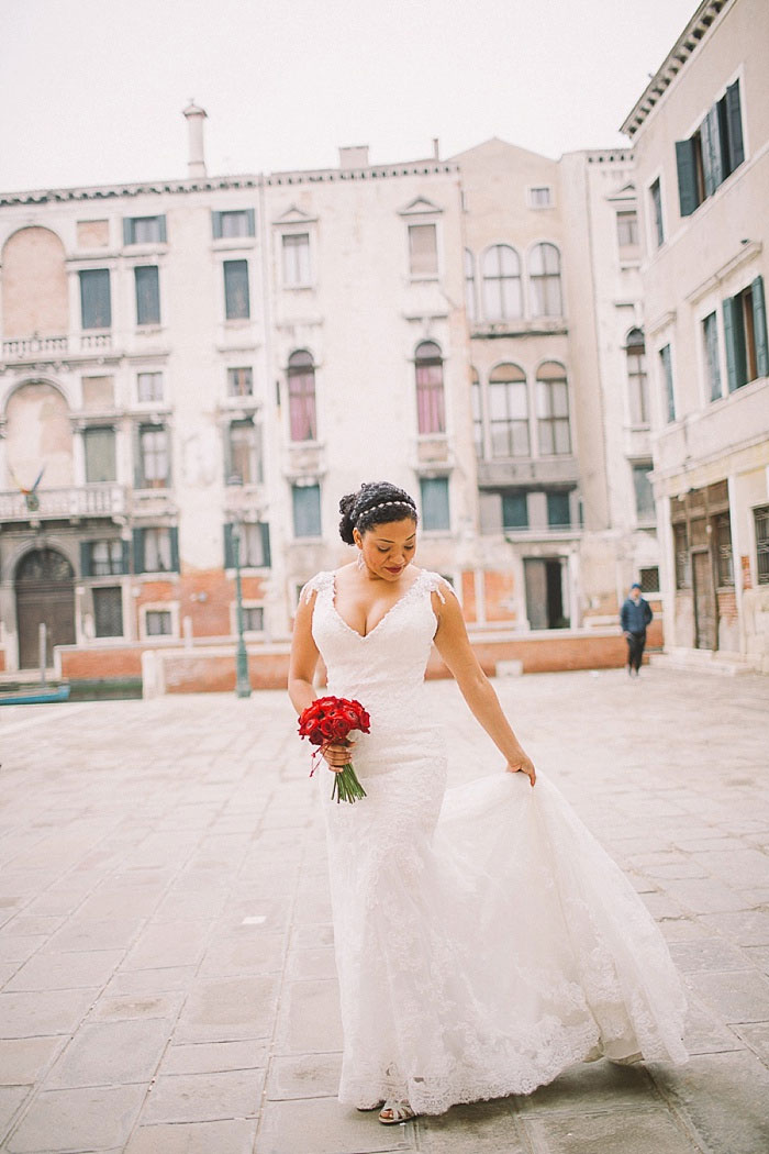 bride portrait in Venice