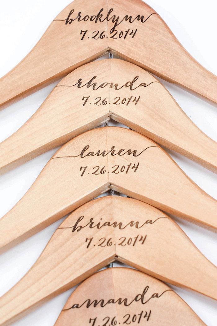 wooden-hanger