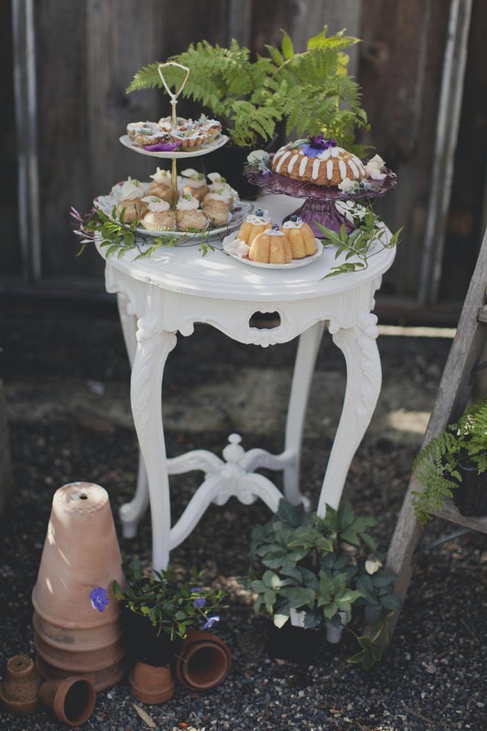 garden styled dessert table