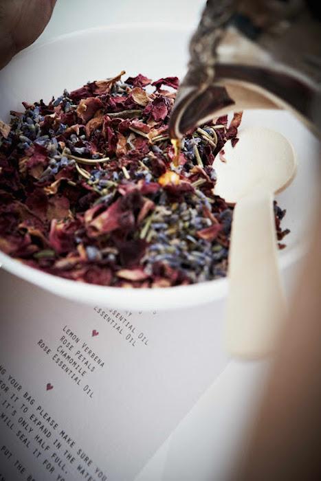 bath-tea-favors