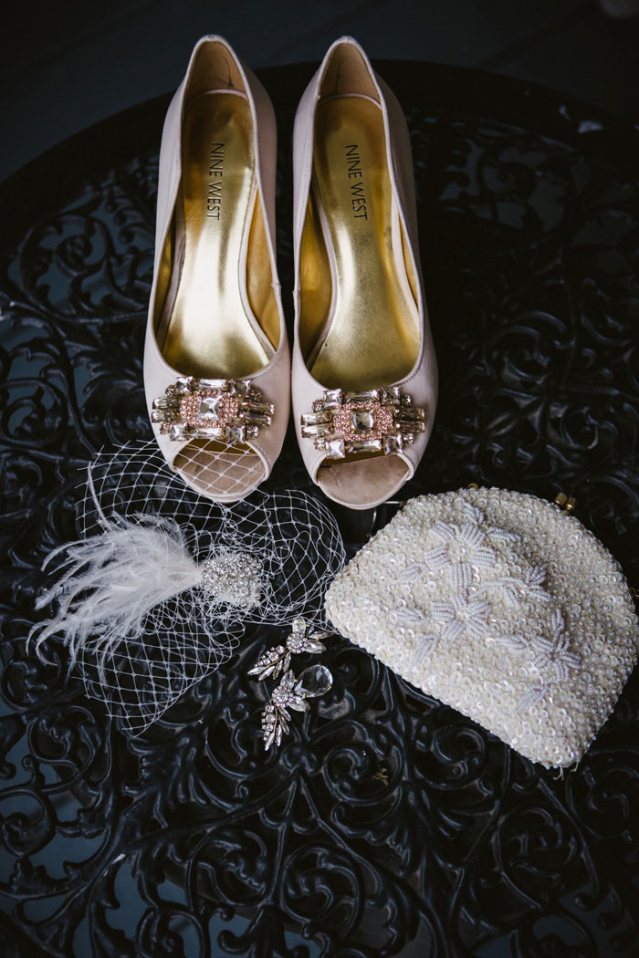 bride's wedding accessories