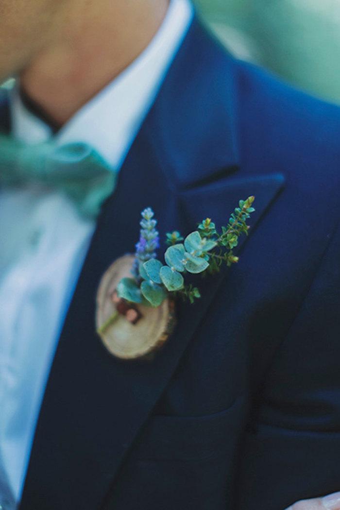 blue-boutonniere