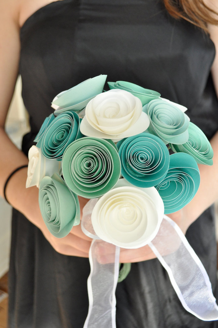 green-paperflowers
