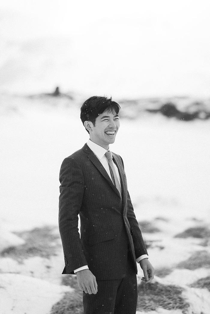 groom portrait in Iceland