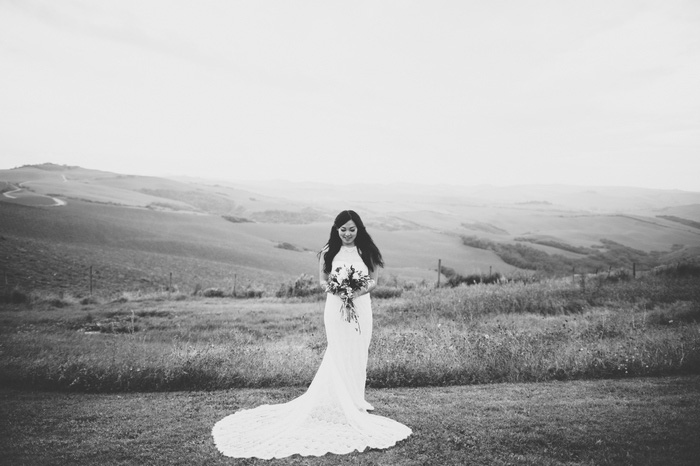 bridal portrait in Tuscany