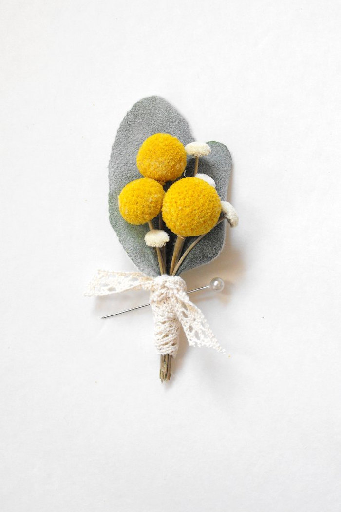 yellow_boutonniere