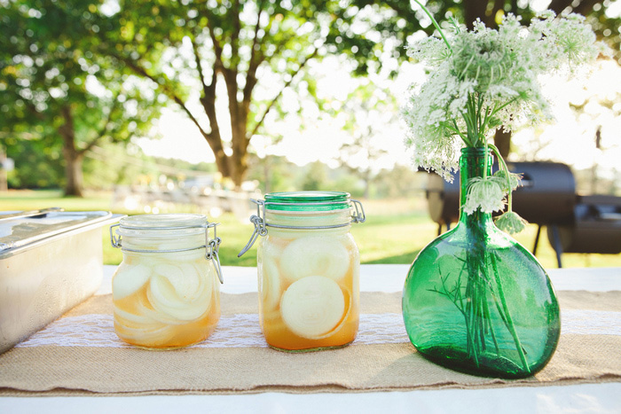 mason jar drinks at wedding