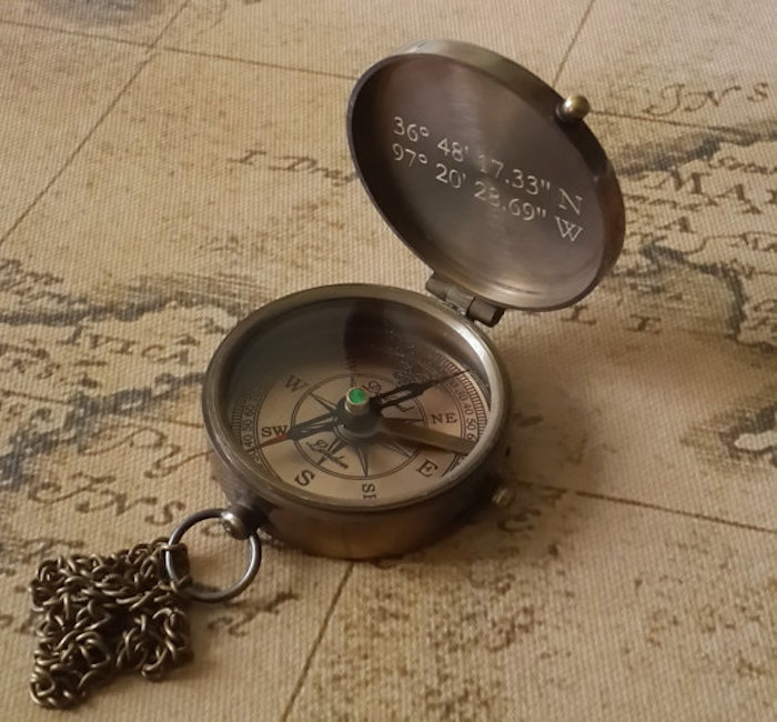 compass-gift