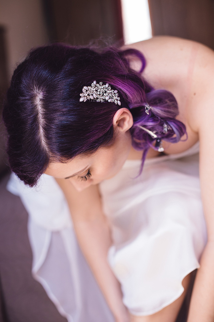 rhinestone hair comb in bride's purple hair