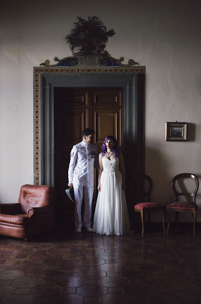 bride and groom portrait in Italy