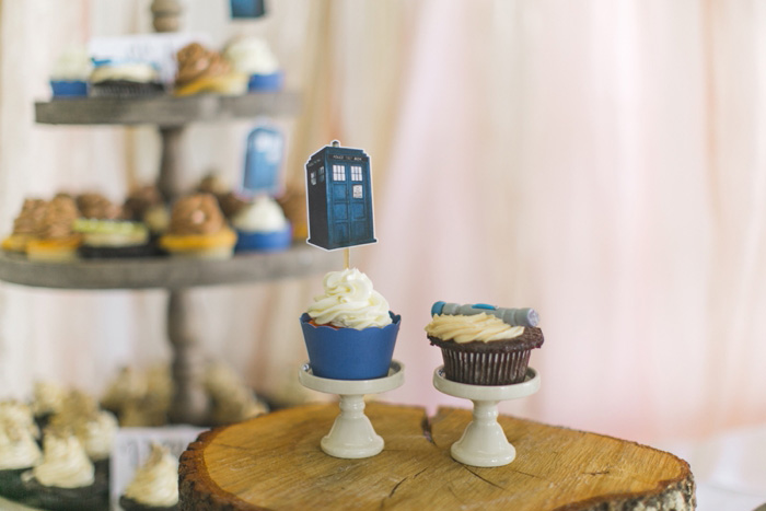 Tardis wedding cupcake