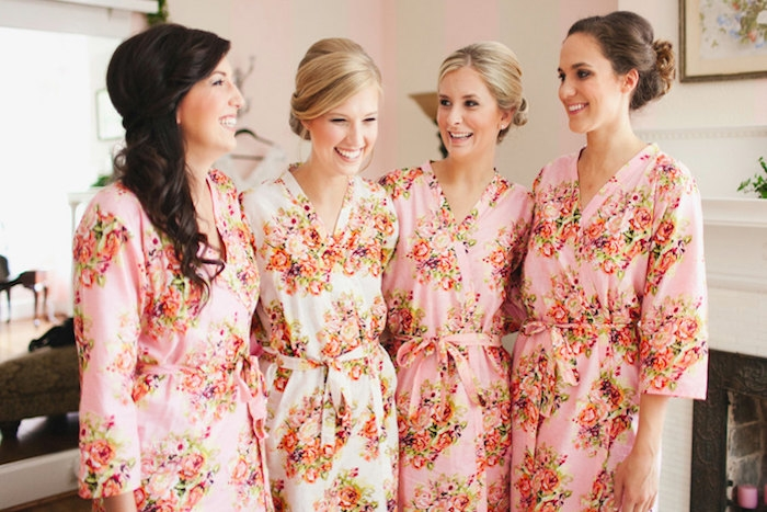 this bridesmaids kimono robe set by silkandmore is the perfect way to start a spa day