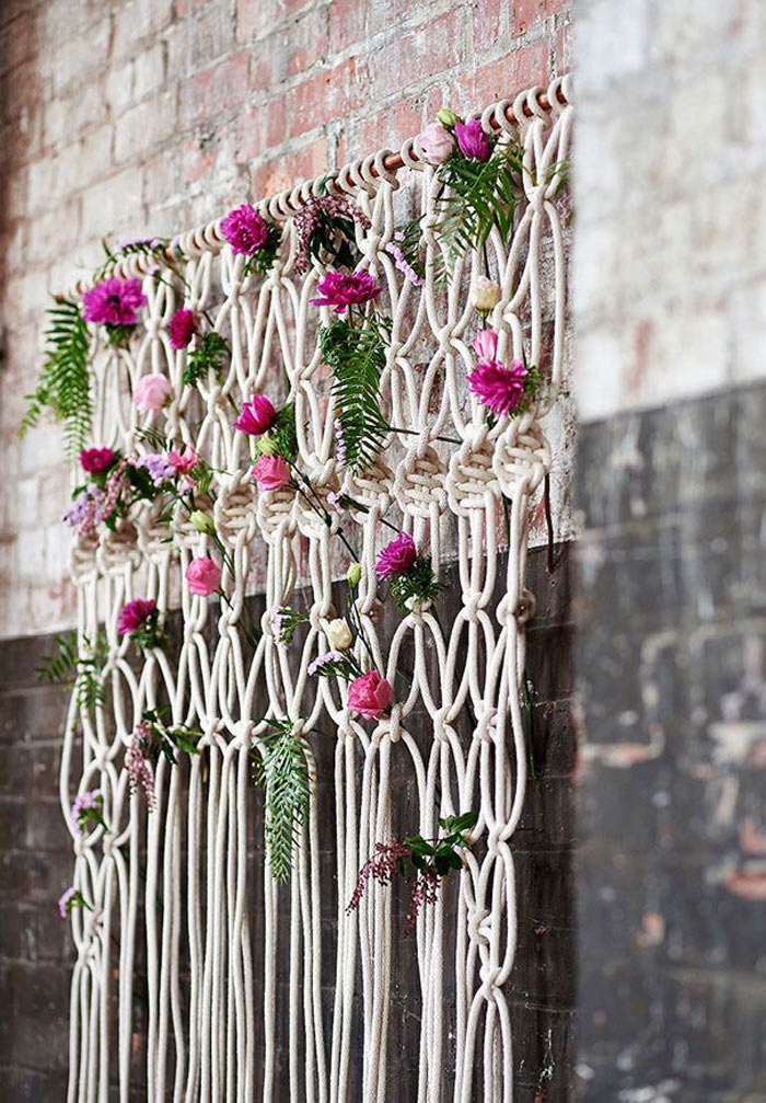 http://www.intimateweddings.com/wp-content/uploads/2015/07/macrame-backdrop.jpg
