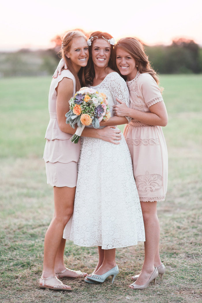 texas barn wedding brideamaids