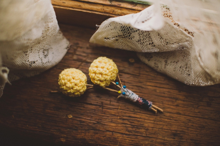knitted boutonniere