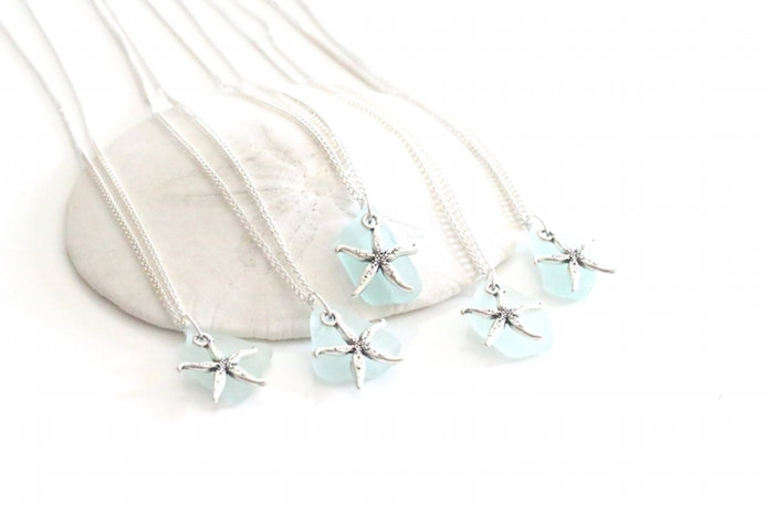 http://www.intimateweddings.com/wp-content/uploads/2015/08/beach-seaglass-700x467.jpg